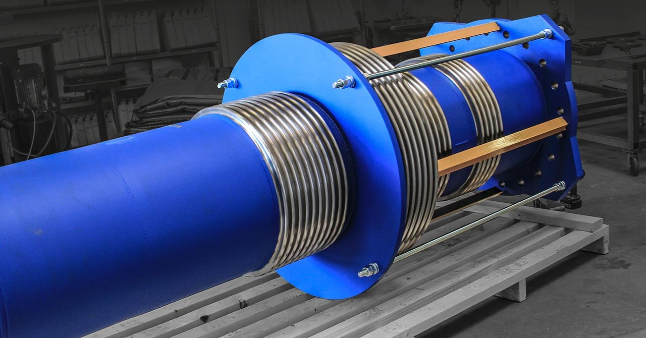 Two-meter-long pressure balanced expansion joint